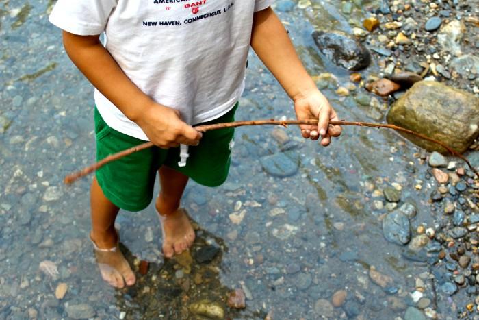 Un día de senderismo con los niños en Las Canales 16