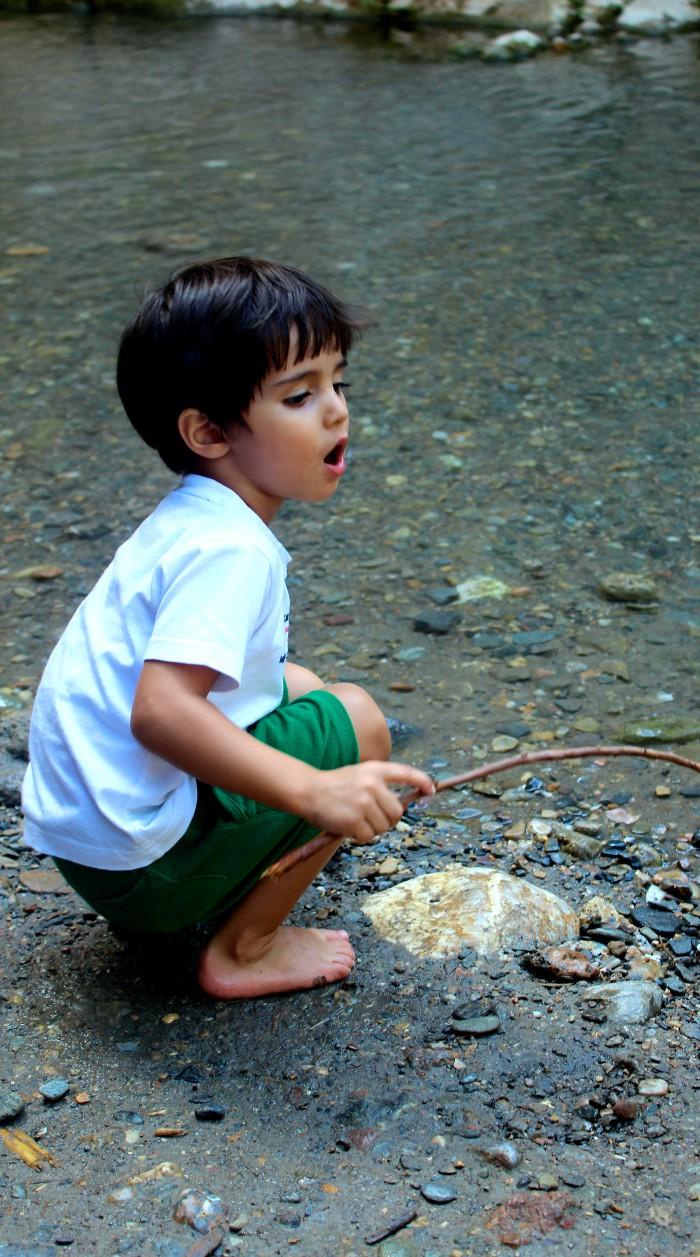 Un día de senderismo con los niños en Las Canales 13