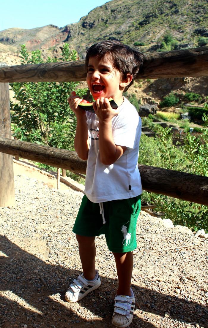 Un día de senderismo con los niños en Las Canales 28