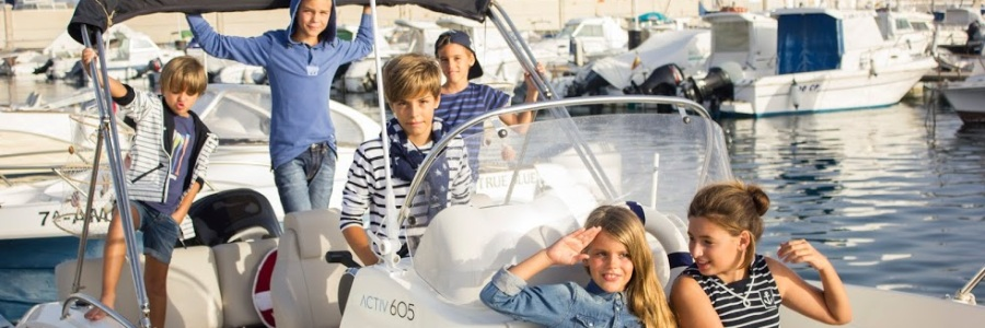 7 un paseo en barco por Almería