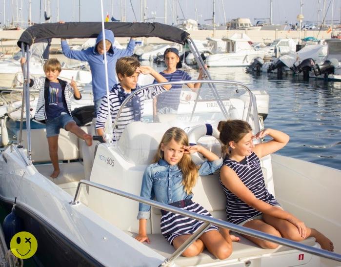 5 un paseo en barco por Almería