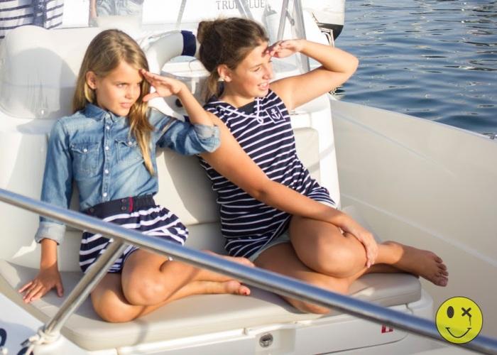 9 un paseo en barco por Almería