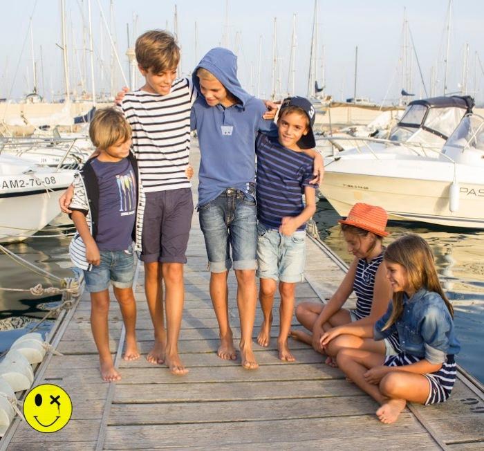 16 un paseo en barco por Almería