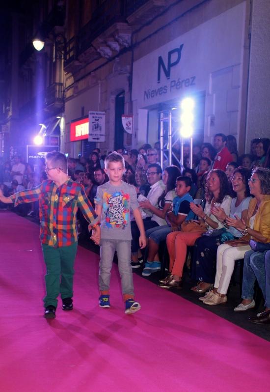 pasarela micro almeria niños moda