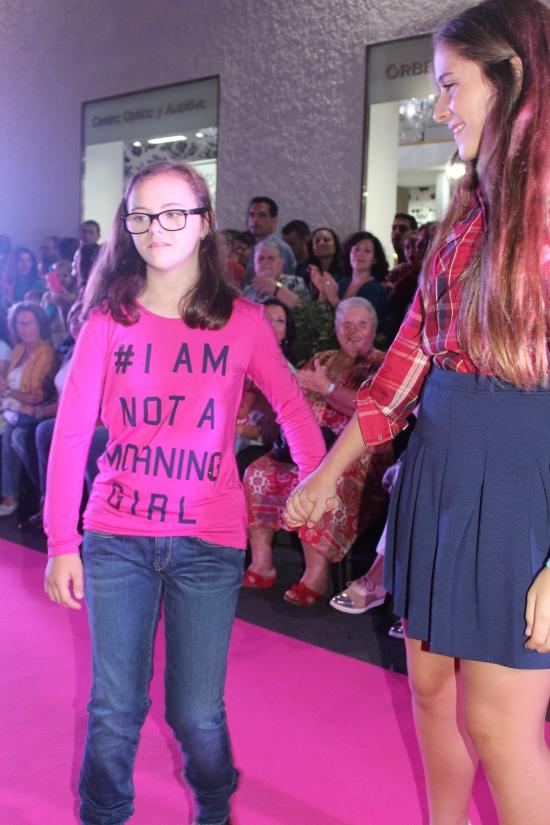 pasarela moda niños 16