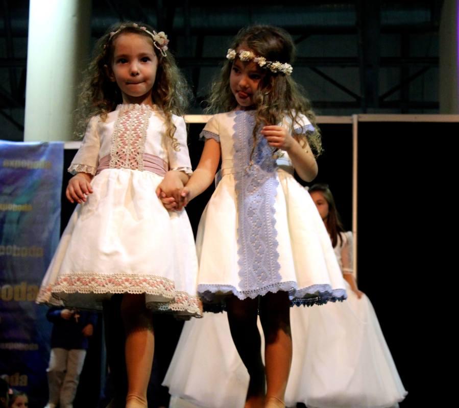 chiquititas en desfile moda ceremonias 2015-2016