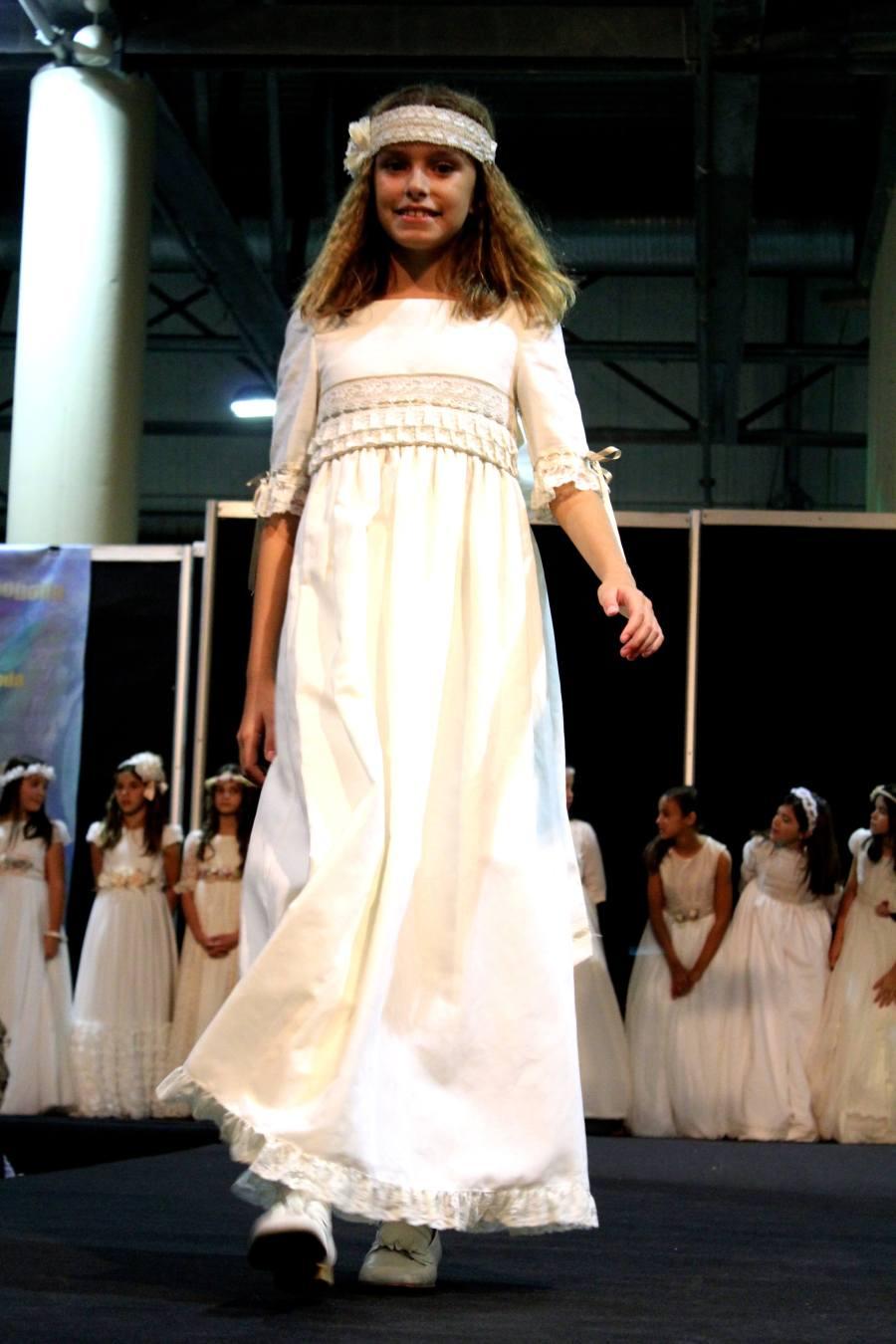moda ceremonia comuniones con tocado 2015-2016