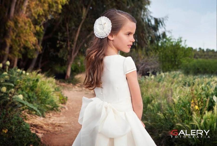 comunión en el campo pequeña princesa a la moda