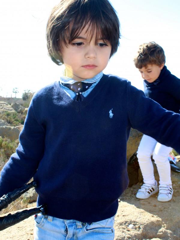 moda infantil con corbata