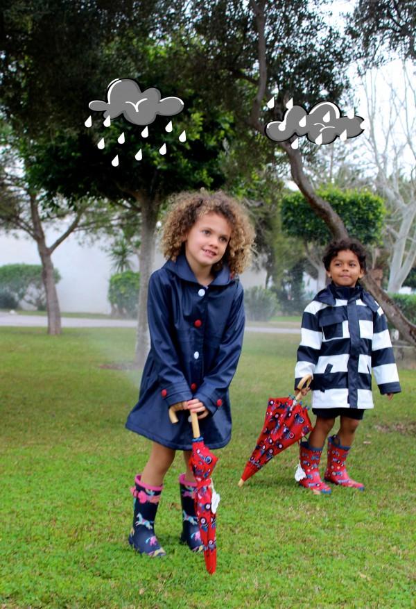 sombrillas y botas de agua a juego moda infantil almeria