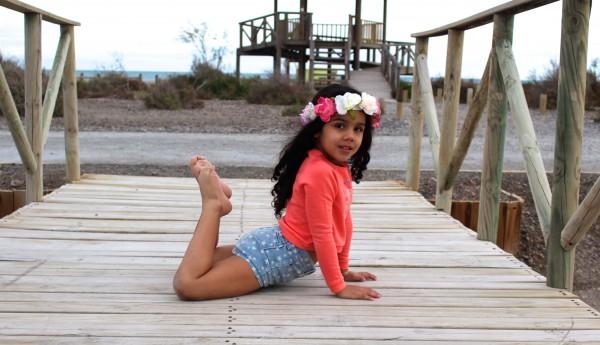 MODA INFANTIL ALMERIA 2016 COLORES FLUOR Y MINIS CON ESTRELLAS