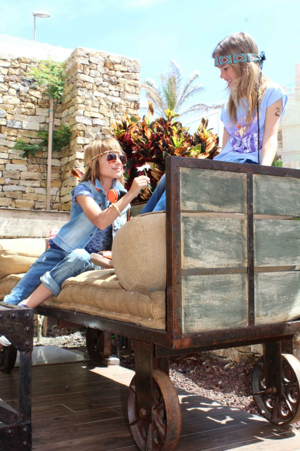 moda infantil almeria con flores hippies benetton