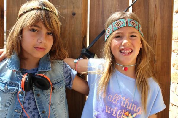 benetton nos presenta unos looks muy hippies para esta temporada 2016