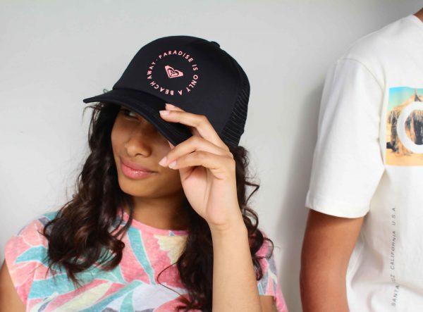 gorras , camisetas y pantalones muy sufer para esta temporada verano 2016 moda infantil almeria