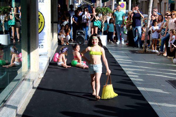 colección baño verano 2016 desfile benetton ejido