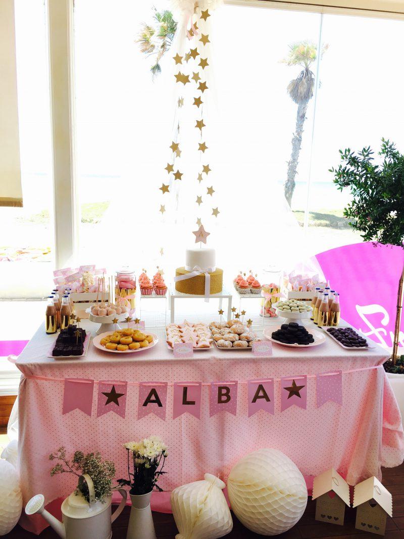 fiesta de cumpleaños en rosa y dorado para niña