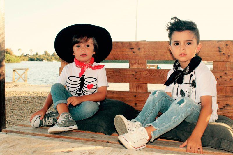 camisetas aire retro perfectas para esta temporada de otoño moda infantil almería