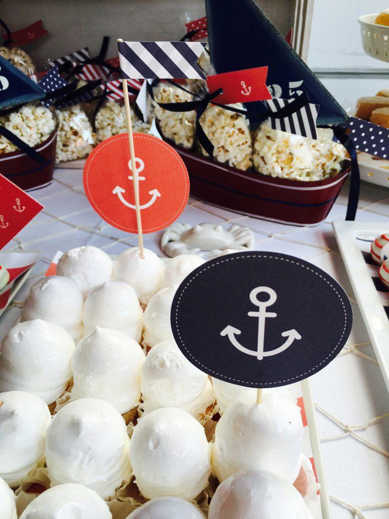 barco con dulces para una mesa dulce náutica moda infantil