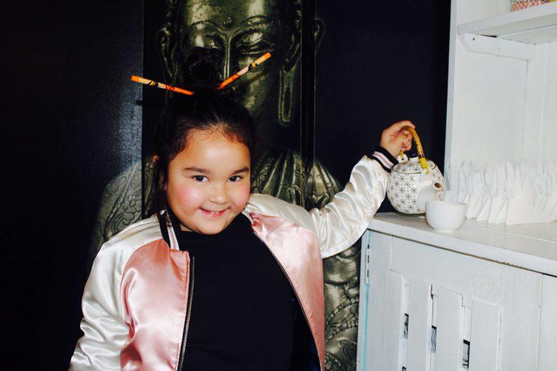 bomber satinado rosa y azul con puños preciosa para niñas moda infantil almerìa